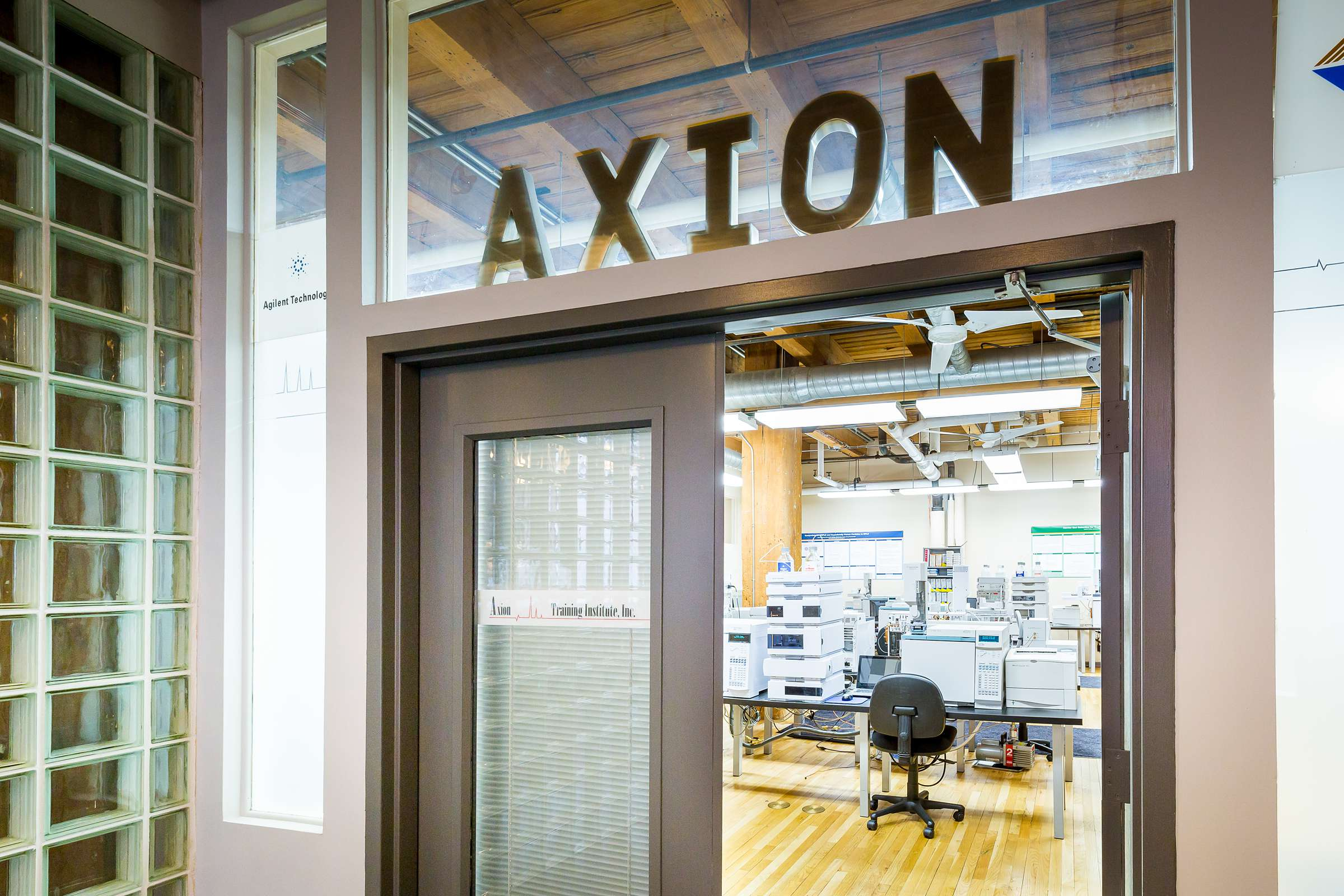 Axion Analytical Labs Chicago Google Trusted Photographer See Inside