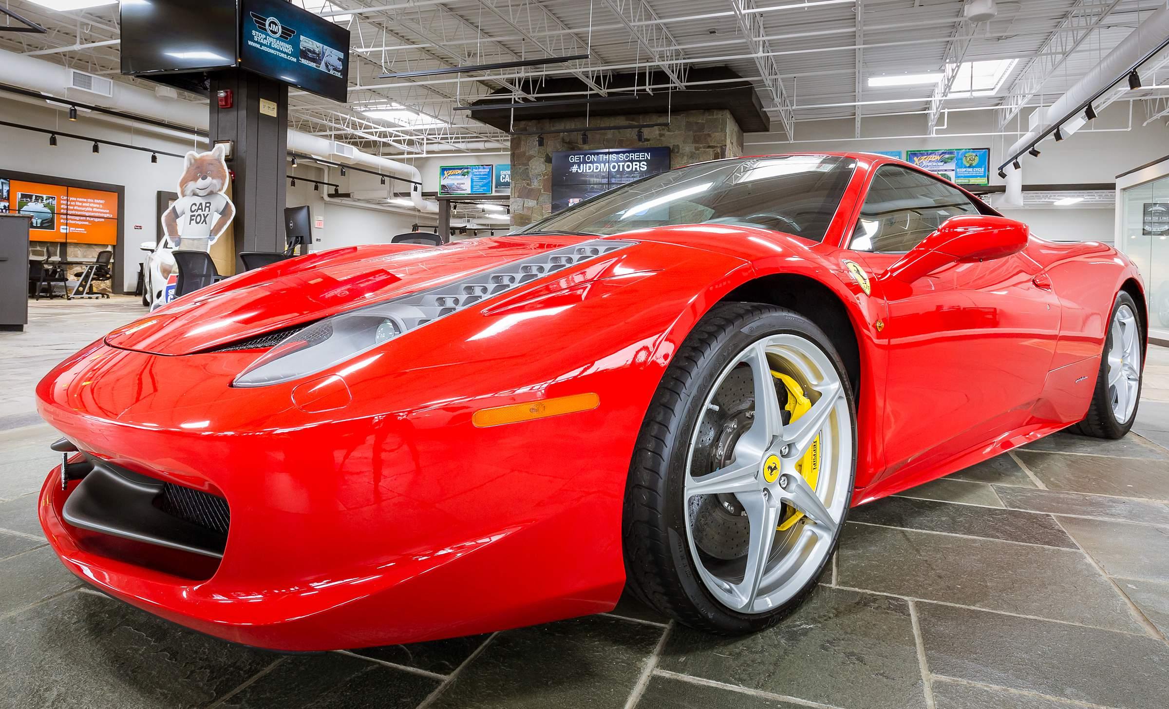 Jidd Motors Ferrari Dealership Chicago Luxury Auto Virtual Tour WalkThru360 - 17